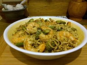 Shrimp and Asaparagus Pesto Fettuccini